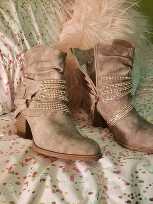 Bling boots size 6/2 for Sale in Joint Base Lewis-McChord, WA