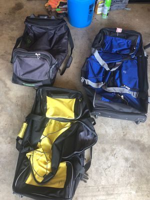 Rolling Duffle bags for Sale in Grand Prairie, TX