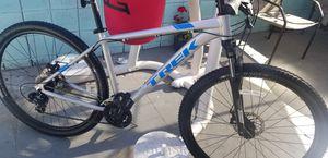 Mountain bike trek marlin 4, year 2019 like new for $520 for Sale in Anaheim, CA
