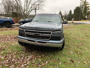 2006 Chevy Silverado LT for Sale in Indianapolis, IN