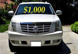 $1.OOO I'm selling urgently 2OO8 Cadillac Escalade SUV V8. for Sale in Oakland Park, FL