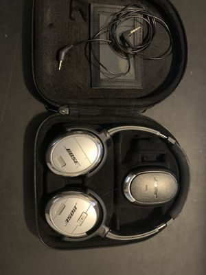 Bose noise cancelling headphones for Sale in Durham, NC