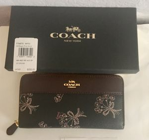 Coach boxed Wallet for Sale in Irving, TX