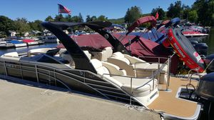 Bennington Q25 Tri-toon Pontoon Boat for Sale in Lake Hopatcong, NJ