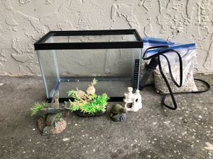 Beta fish tank and accessories for Sale in Tampa, FL