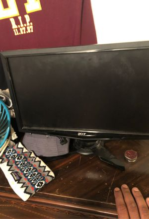Computer monitor for Sale in Fort Washington, MD