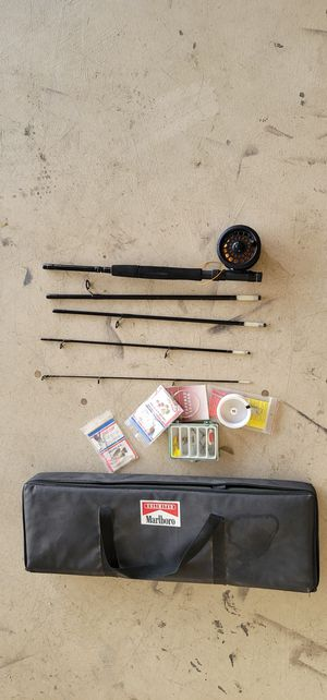 Fishing rod and reel. Good condition. Like NEW.GOOD for fly fishing..crappie fis...trout fish...come with bag and fishing stuff.. for Sale in Peoria, AZ