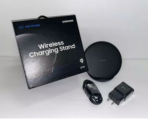 """NEW SAMSUNG WIRELESS CHARGER STAND """"FAST CHARGE"""" $35 OBO for Sale in Houston, TX"""