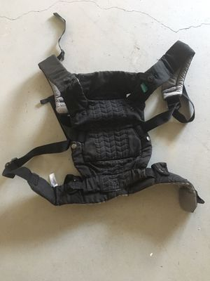 Baby carrier for Sale in Peachtree Corners, GA
