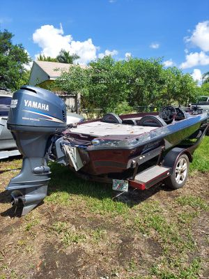 1996 Bass Boat with Yamaha 115 HP four stroke 250 hours for Sale in Homestead, FL