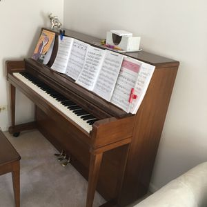 Upright Wurlitzer Good Condition Recetly Tuned for Sale in Arlington Heights, IL