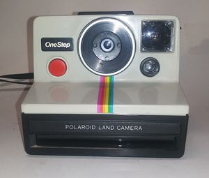 Vintage Polaroid SX-70 One Step OneStep Land Camera With Rainbow Stripe w/strap. for Sale in El Paso, TX