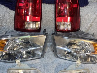 2009-2018 (2019 Classic) Dodge RAM 1500 2500 3500 OEM Factory Headlights, Taillights, & Fog lights for Sale in Charlotte,  NC