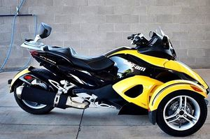 $1200 Can-Am Spyder for Sale in Freeport, ME