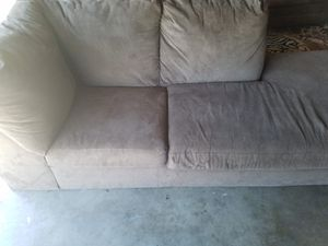 Very clean sectional sofa for Sale in Lodi, CA