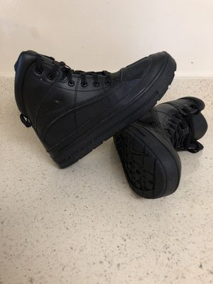 Nike boots size 6.5Y for Sale in Gaithersburg, MD