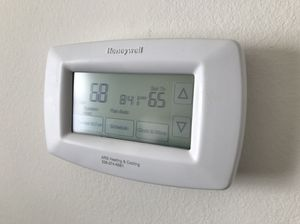 Honeywell Touchscreen Thermostat for Sale in Lexington, NC
