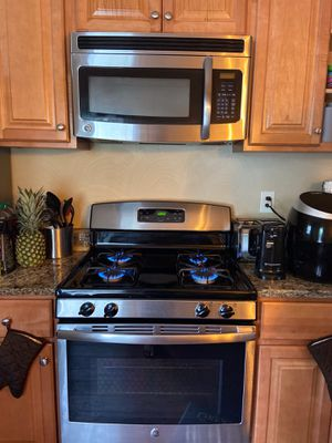 GE oven, microwave, and dishwasher for Sale in Verona, PA