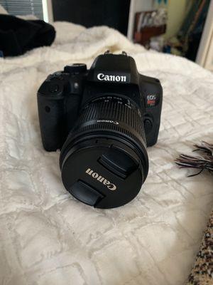 Canon eos rebel t6i for Sale in Saint Joseph, MO