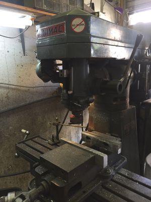 Milling machine for Sale in El Cajon, CA