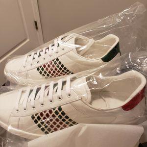 11.5 Men's Gucci Sneakers for Sale in Philadelphia, PA