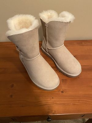UGG sand boot - size 8 for Sale in Orem, UT