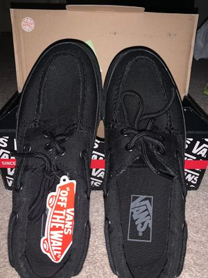 Vans shoes for Sale in Glendale Heights, IL