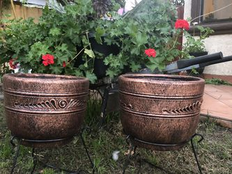 "2 Clay Flower Pots 12"" High 13 ""wide for Sale in Chino Hills,  CA"