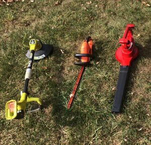 Grass edger , trimmer, leaf blower for Sale in North Brunswick Township, NJ