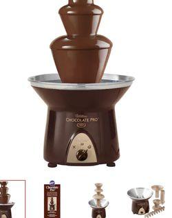 Wilton® Chocolate Pro™ Fountain for Sale in Des Plaines,  IL