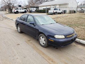 2001 chevy malibu for Sale in Tulsa, OK