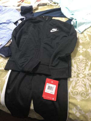 Kids clothes (size 4-5) for Sale in Los Angeles, CA