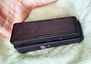 Jim Dunlop Original Crybaby Wah pedal GCB-95 for Sale in San Diego, CA