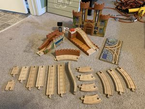 Thomas and Friends Wooden King of the Railway Deluxe Set for Sale in DuPont, WA