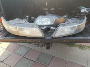 05 Acura tl headlights for Sale in Fresno, CA