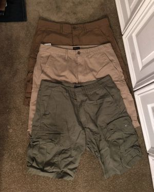 LEVI'S cargo shorts 33 for Sale in Orient, OH