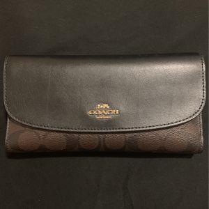 coach wallet for Sale in San Bernardino, CA