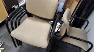5 Chairs for Sale in Puyallup, WA