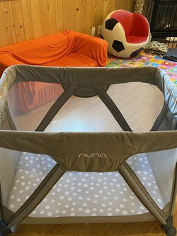 Nuna Sena Aire Playard Pack N Play (changing Table Available For Extra Charge) for Sale in Edmonds,  WA