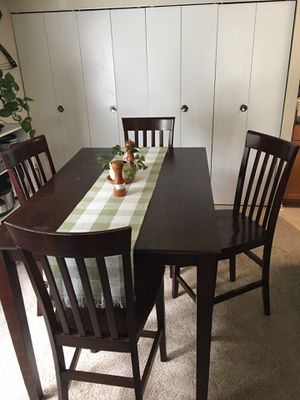 Brown Wooden Dinning Table with Chairs for Sale in Alexandria, VA