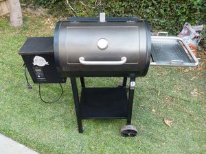 Pit Boss 440D Wood Pellet Grill BBQ outdoor smoke for Sale in Placentia, CA