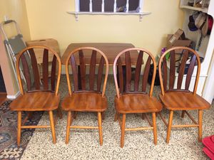 Kitchen Table w/ 4 chairs for Sale in Clovis, CA