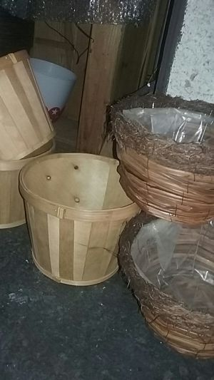 Flower basket and wood pots for Sale in Los Angeles, CA