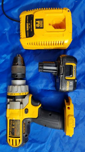 DEWALT 18 Voltage Drill 3 Speed, Hammer, Lithium Battery, Fast Charger for Sale in Eugene, OR