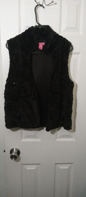Betsey Johnson Fluffy Fur Vest for Sale in MD, US