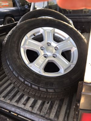 2019 Jeep wheels & tires 80% for Sale in Chino, CA