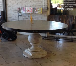 Gorgeous Country Chic Circular Dining Table for Sale in Scottsdale, AZ