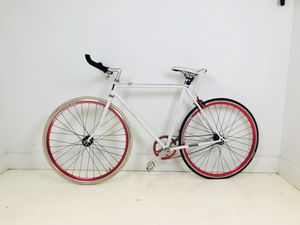Fast, Light weight road bike for Sale in Tampa, FL