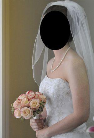 Wedding Dress-Size 4 for Sale in McKinney, TX