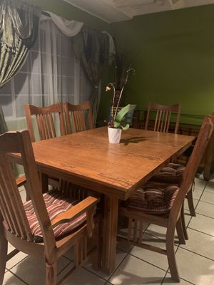 Dining table for Sale in La Habra Heights, CA